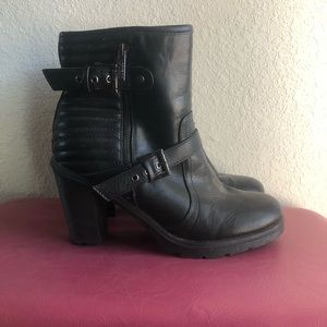GUESS Moto style heeled boots EUC!!!